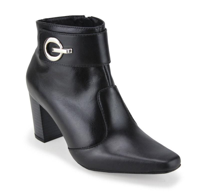 c1da2516331 Bota Feminina Cano Curto CeK - Dakaca Fashion Shoes
