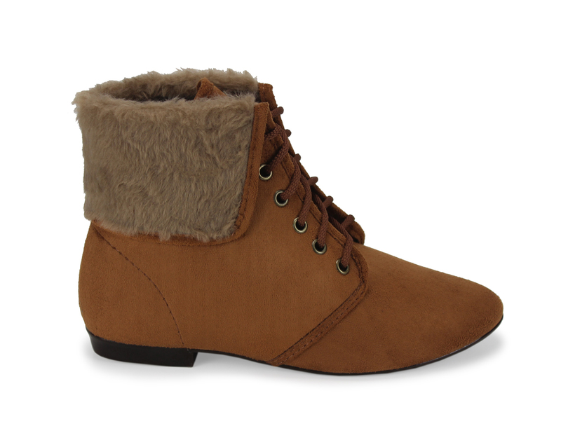 89fb346ff06d1 Bota Feminina Cano Curto CeK - Dakaca Fashion Shoes